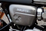 Thruxton 1200 S&R. Thruxton Badge / Side Panel Motiff: